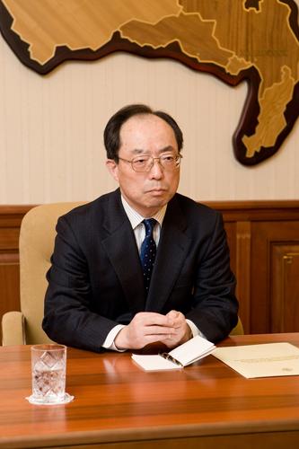 На защите дипломных работ в Хабаровской семинарии присутствовал  На защите дипломных работ в Хабаровской семинарии присутствовал генеральный консул Японии в Хабаровске Цугуо Такахаси