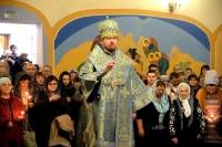 В праздник Покрова Пресвятой Богородицы митрополит Владимир совершил Божественную литургию в Покровском храме
