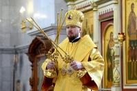 В Неделю 19-ю по Пятидесятнице митрополит Владимир совершил Божественную литургию в Спасо-Преображенском кафедральном соборе