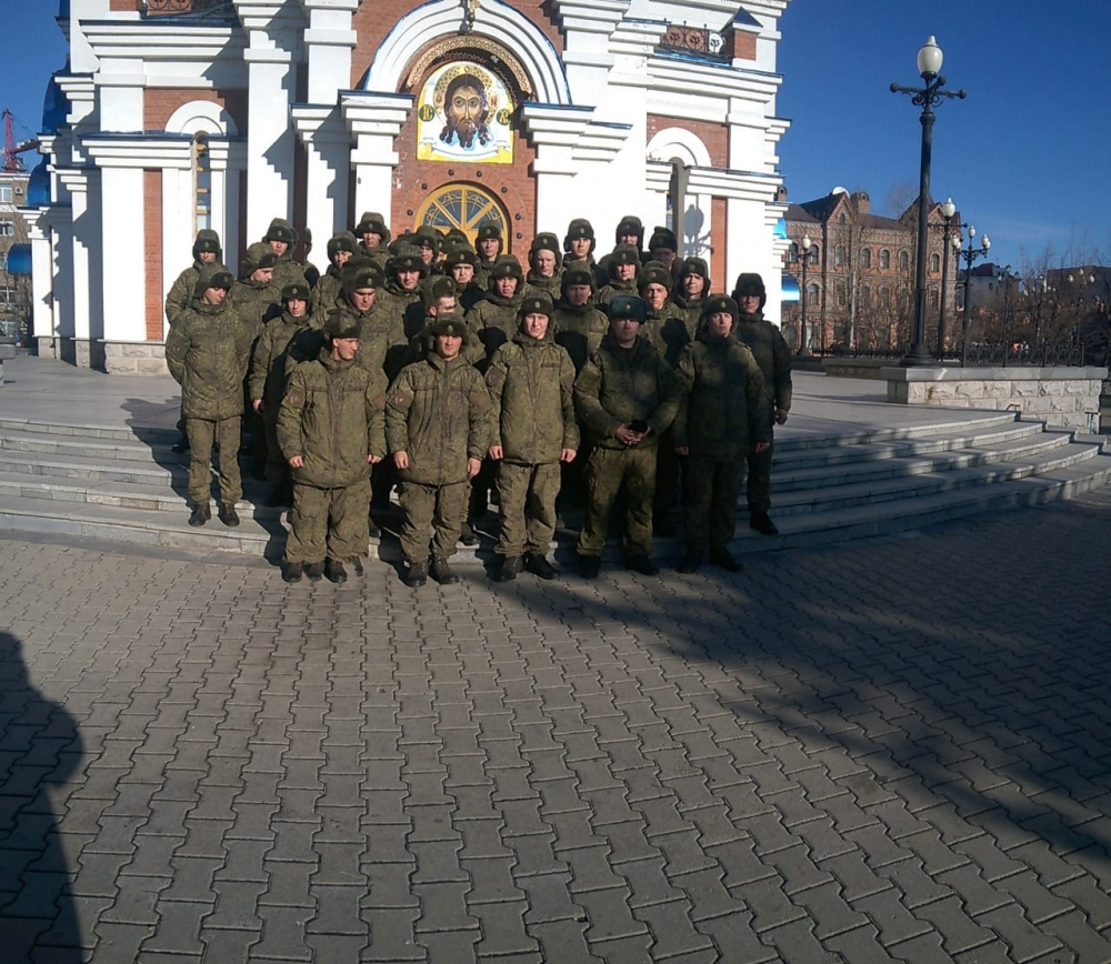 Военные из Хабаровска заявили, что их принуждают сдавать деньги на храм Вооруженных сил